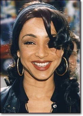 Photo Sade Adu